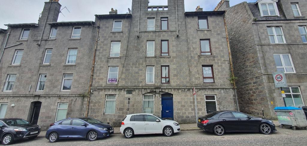 P957: Skene Square, Rosemount, Aberdeen