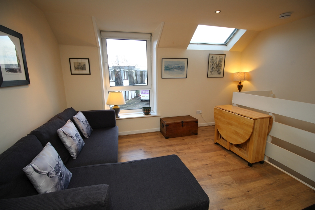 Raeburn Mews 9250 - Featured Image