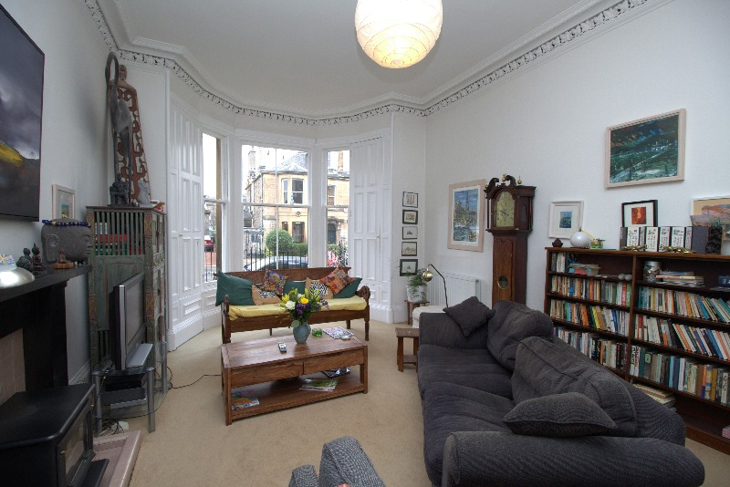 Marchhall Crescent 9922 - Featured Image