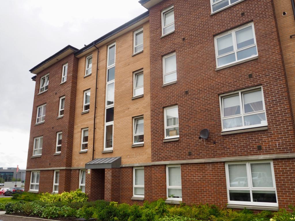 P214: Springfield Gardens, Dalmarnock, Glasgow