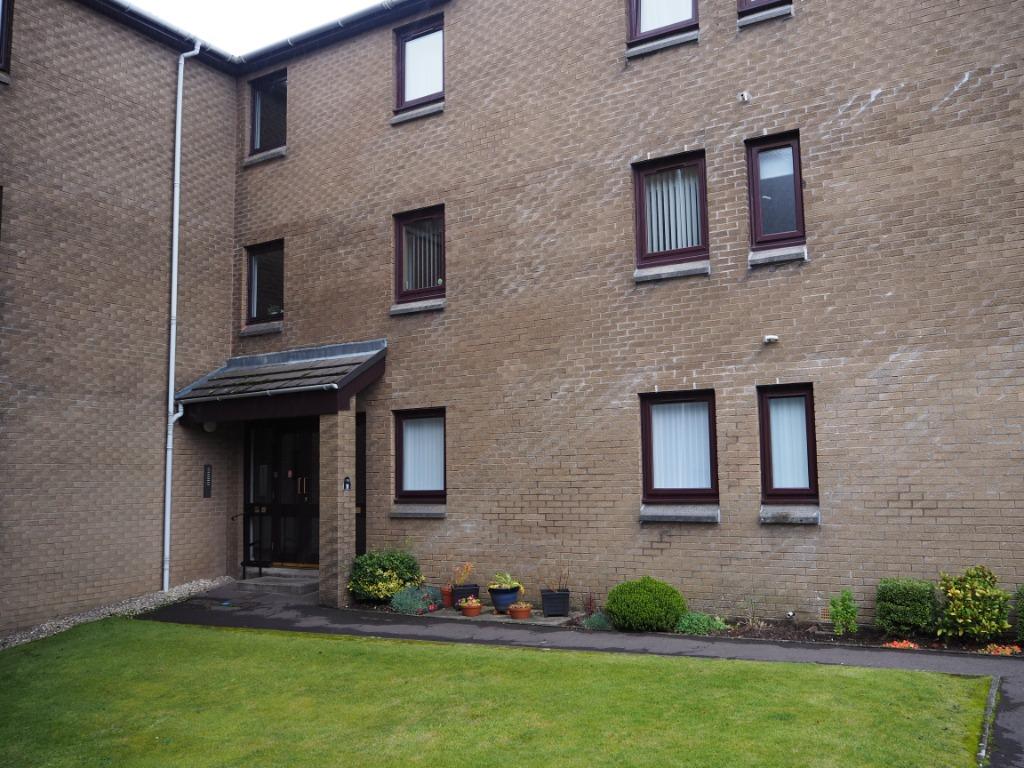 P279: Kelburn Court, Largs, North Ayrshire