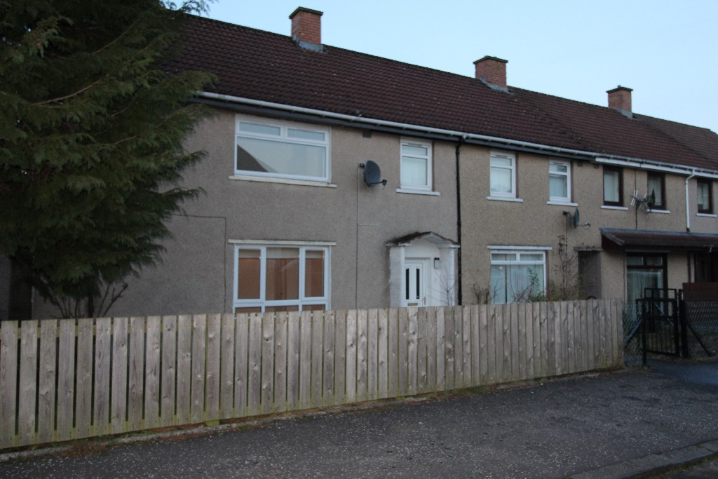 P167: Forrest Place, Harthill, North Lanarkshire