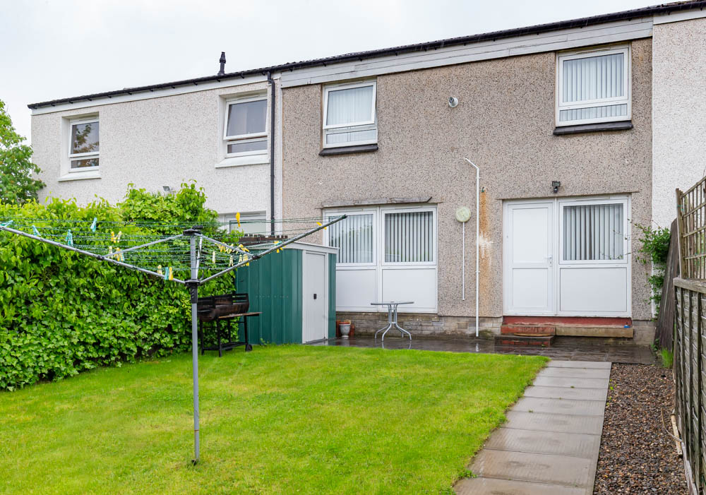 P182: Fergus Avenue, Livingston, West Lothian