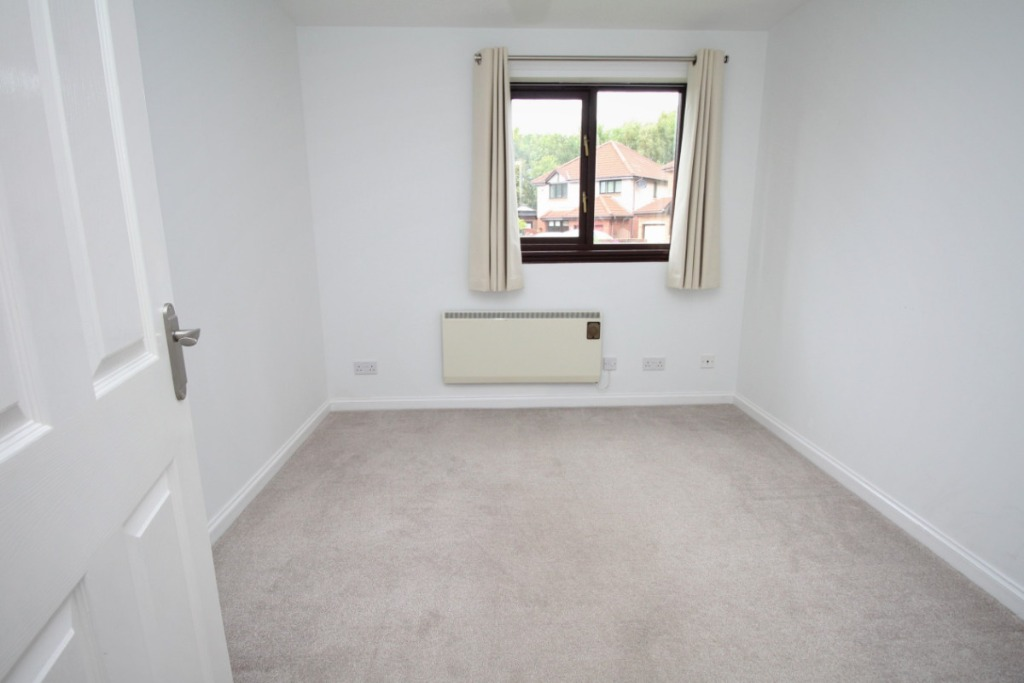 South Elixa Place, Edinburgh, EH8 7PG