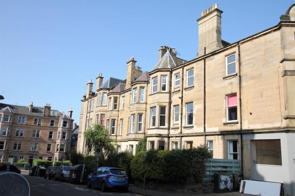 Braid Road, Edinburgh, EH10 6AD