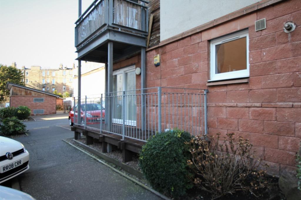 Albion Gardens, Edinburgh, EH7 5NS