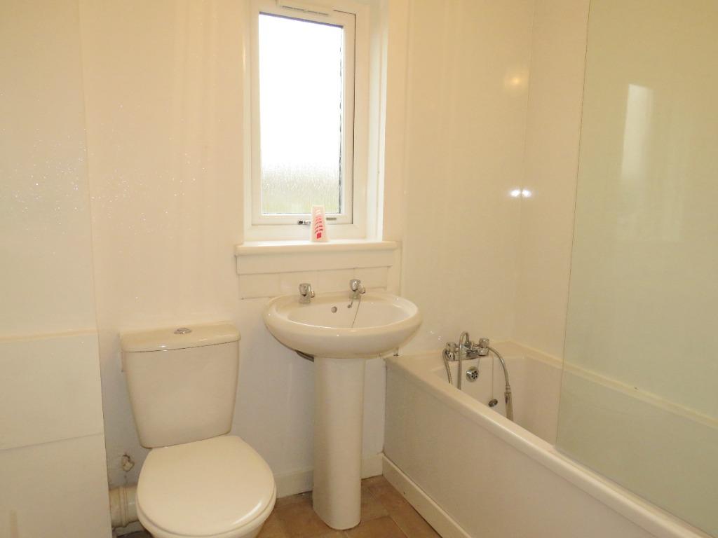 Bathroom_1602667071_1774